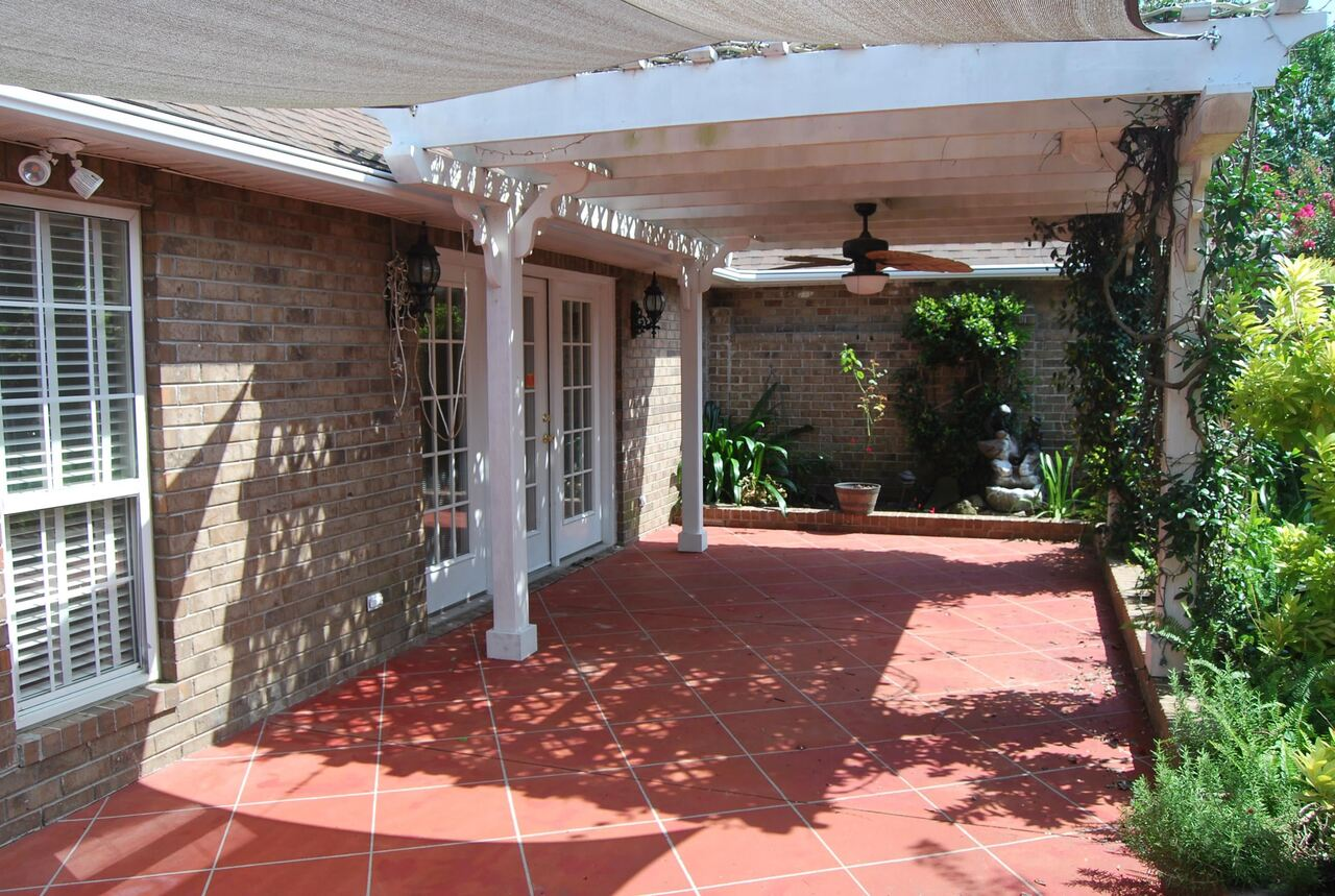 View Slide 27 for listing 9041288