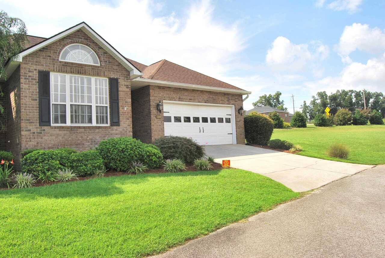 View Slide 3 for listing 9041288