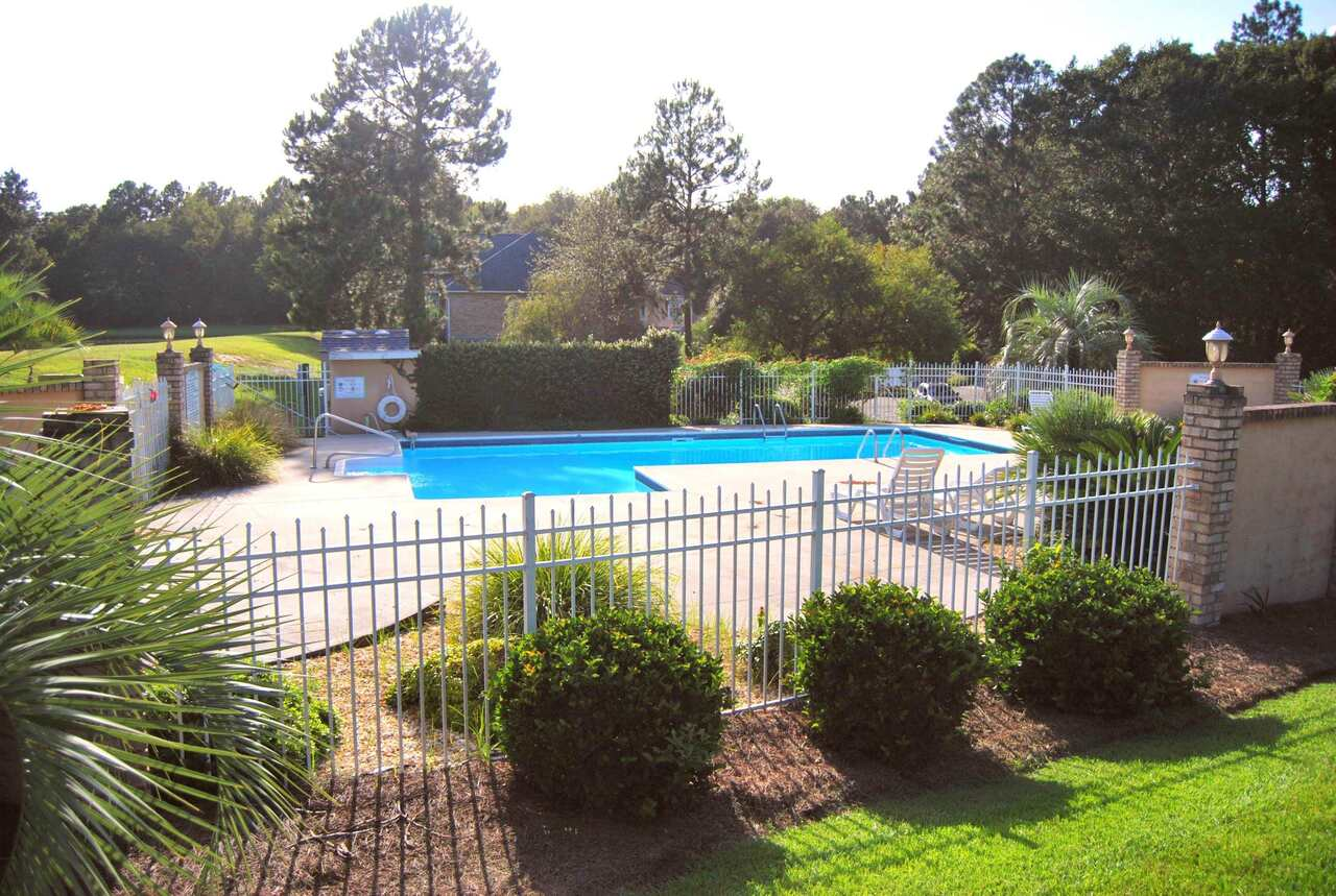View Slide 40 for listing 9041288