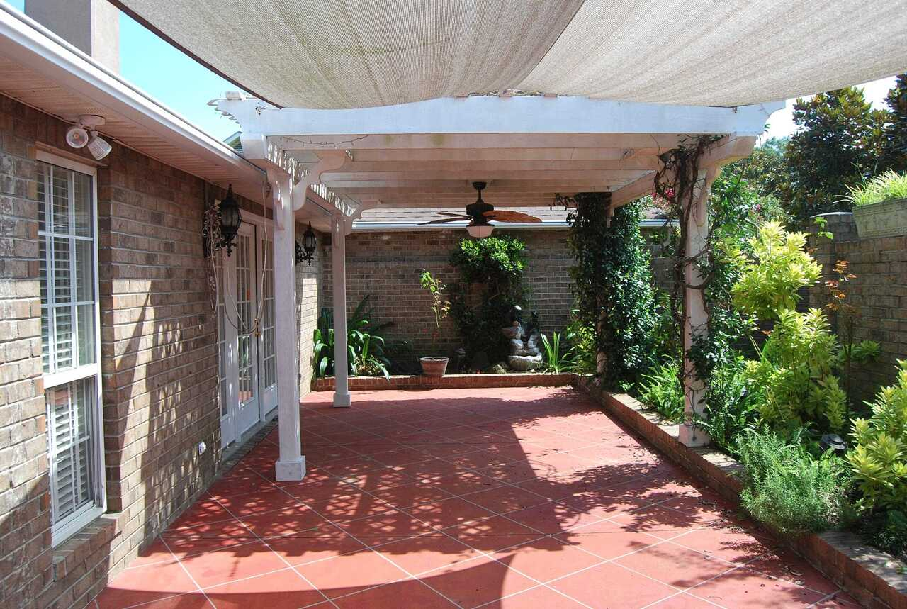 View Slide 5 for listing 9041288