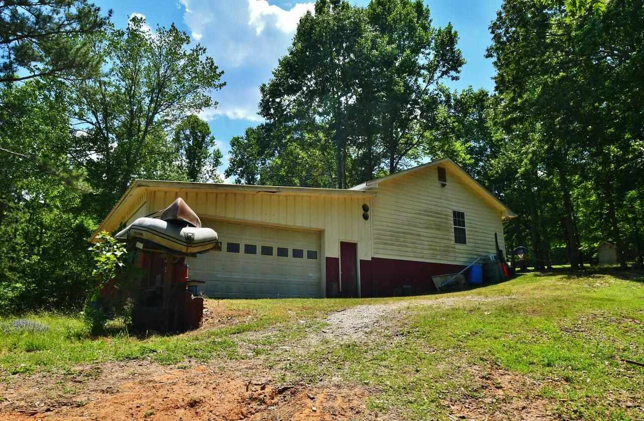 View Slide 66 for listing 8986230