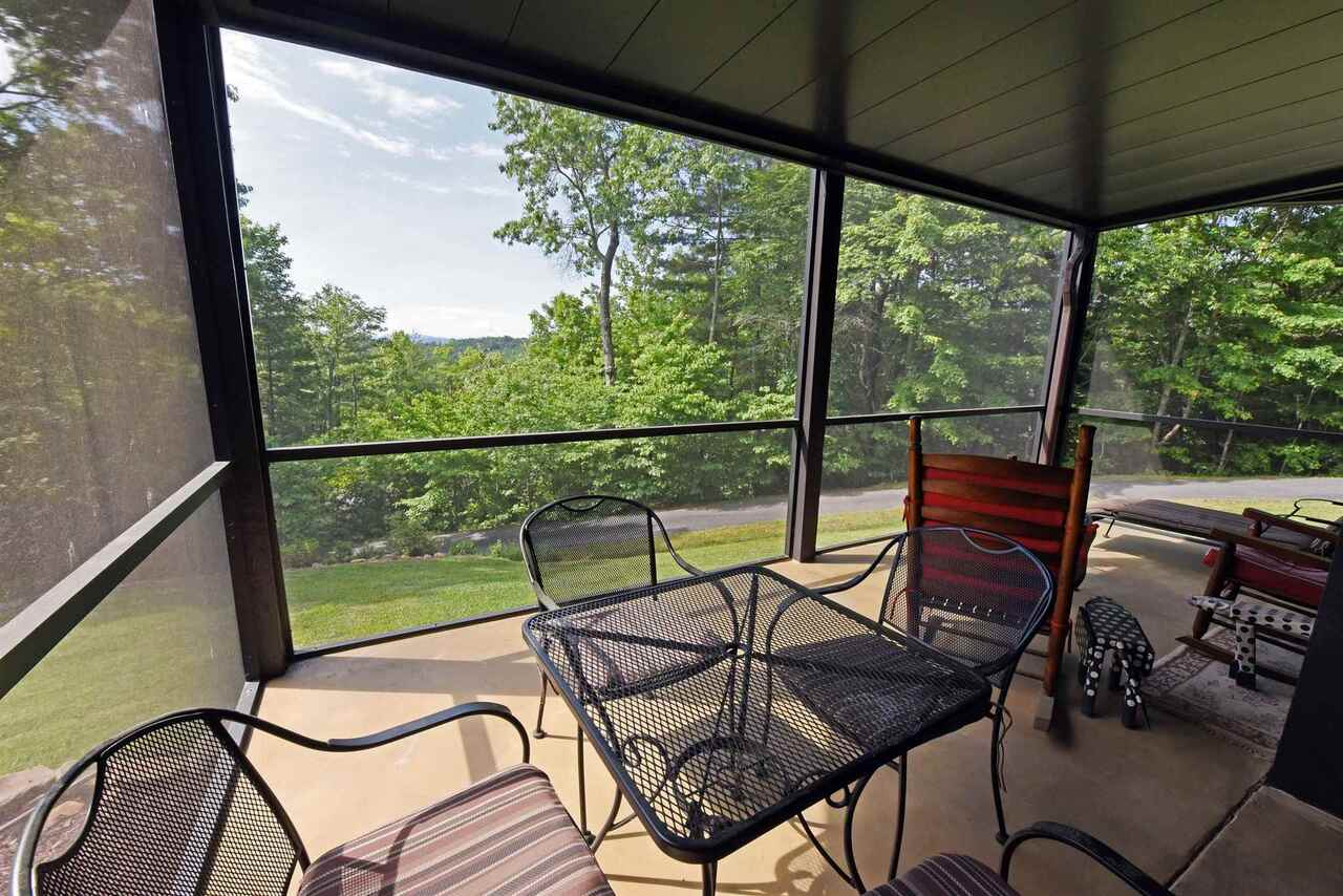 View Slide 35 for listing 8990789