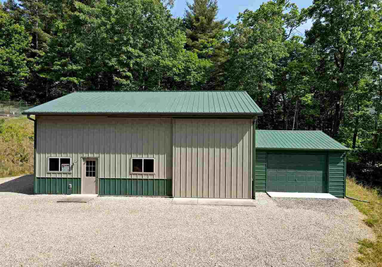 View Slide 39 for listing 8990789