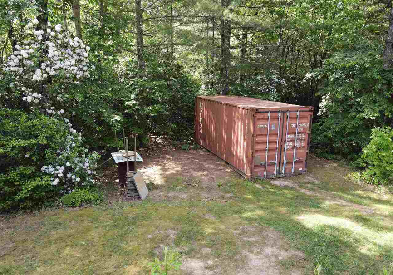View Slide 41 for listing 8990789