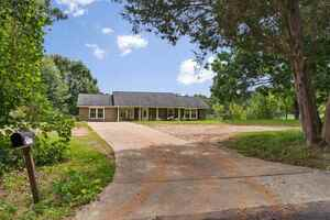 View Slide 0 for listing 9043151