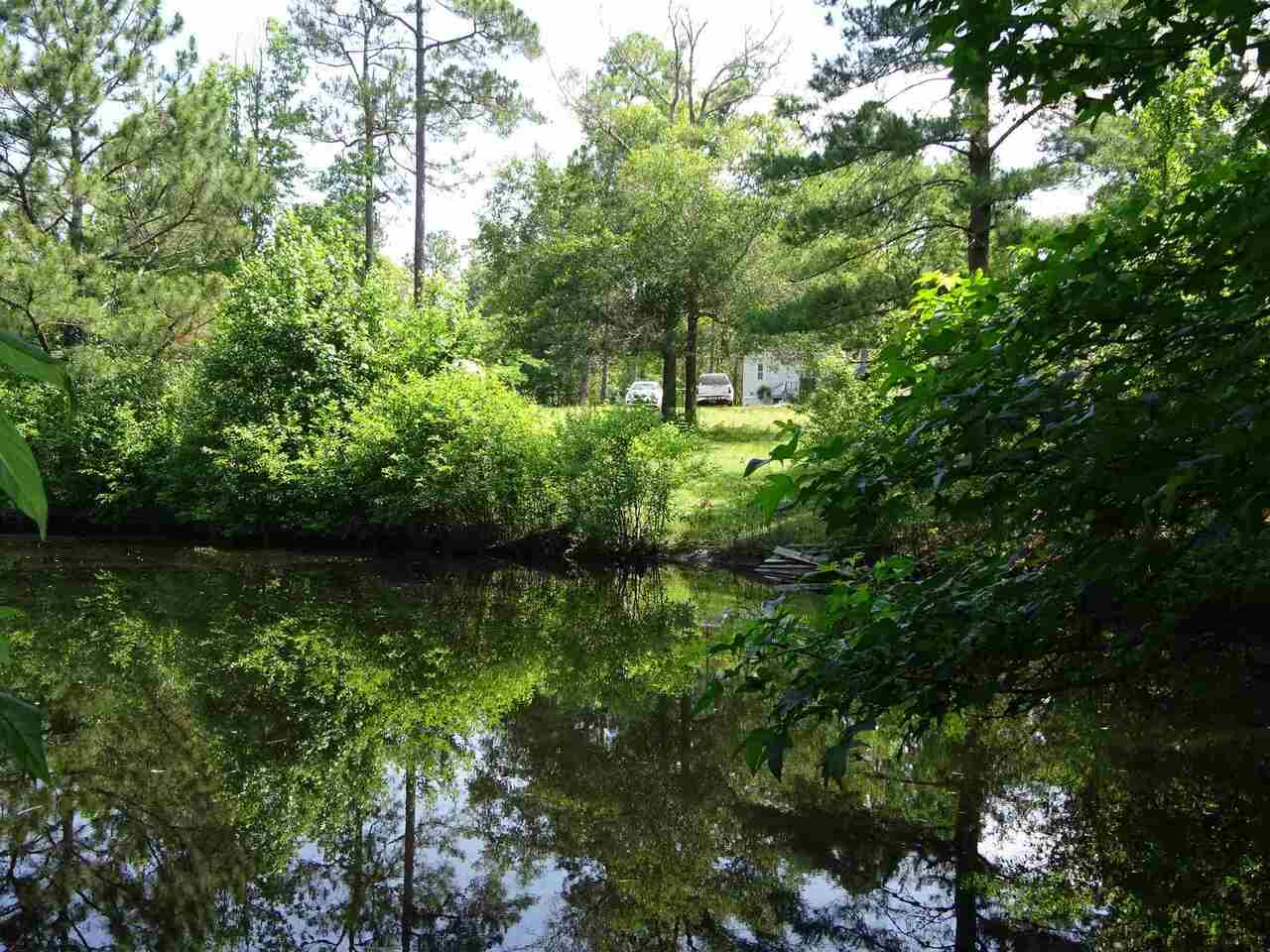 View Slide 16 for listing 8998611