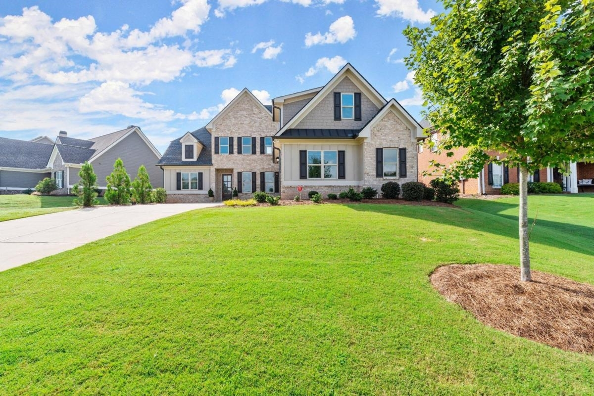 View Slide 43 for listing 9044167