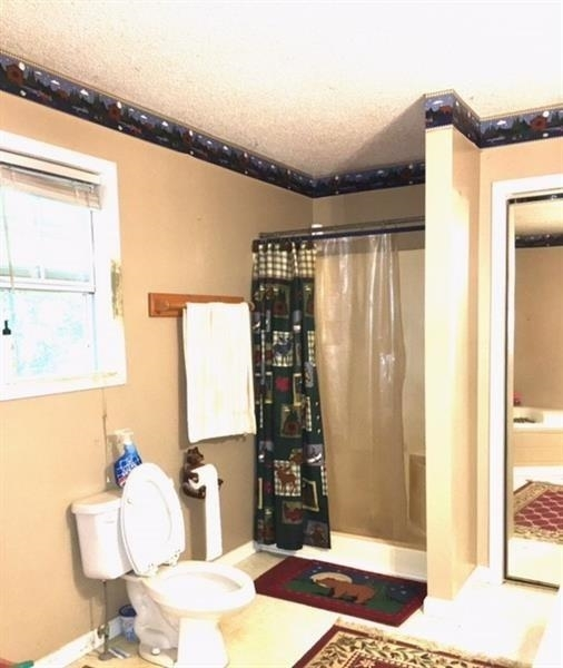 View Slide 3 for listing 9009307