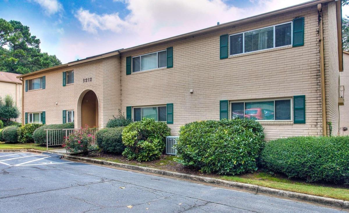 3212 Henderson Mill Rd, Atlanta GA 30341