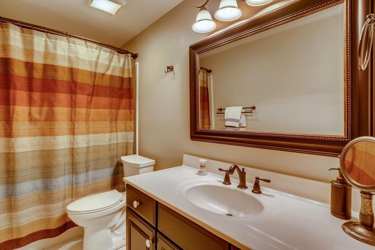 View Slide 45 for listing 9049847