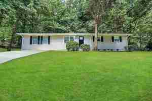 195 Pinehurst, Stockbridge, GA