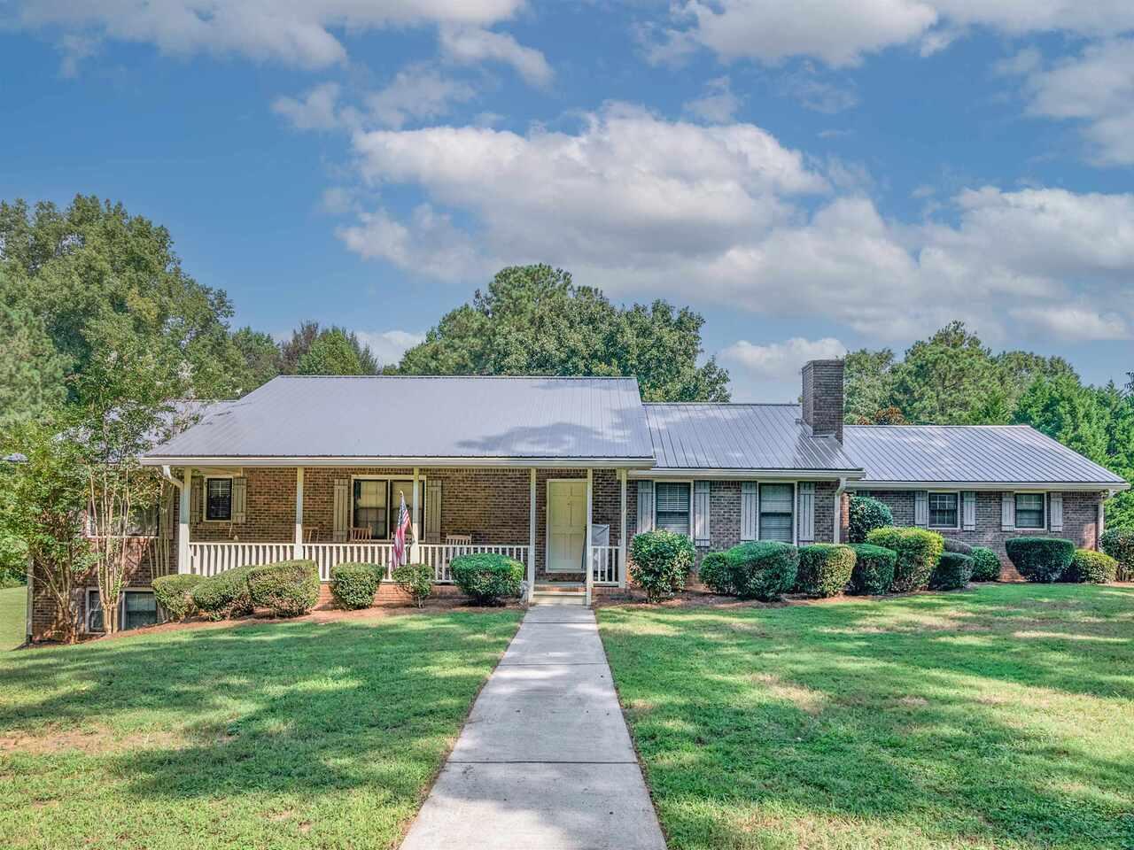 102 Presley Road, Jackson, GA 30233