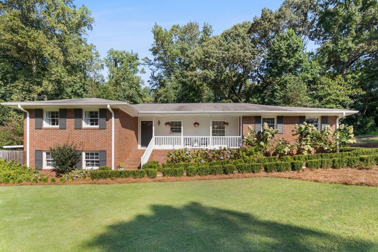 4170 Brookview Dr, Atlanta GA 30339