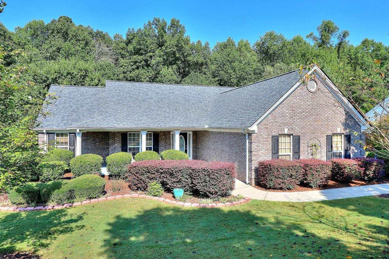 832 Crystal Meadow Drive, Winder, GA 30680