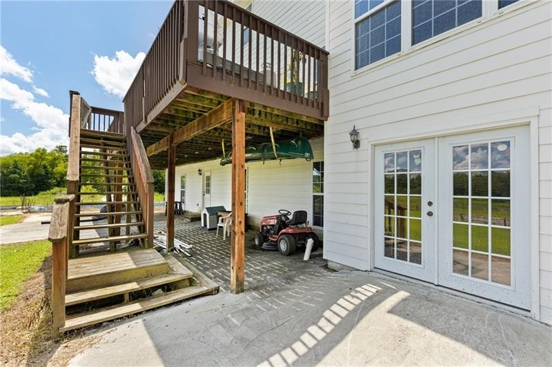 View Slide 44 for listing 9056496