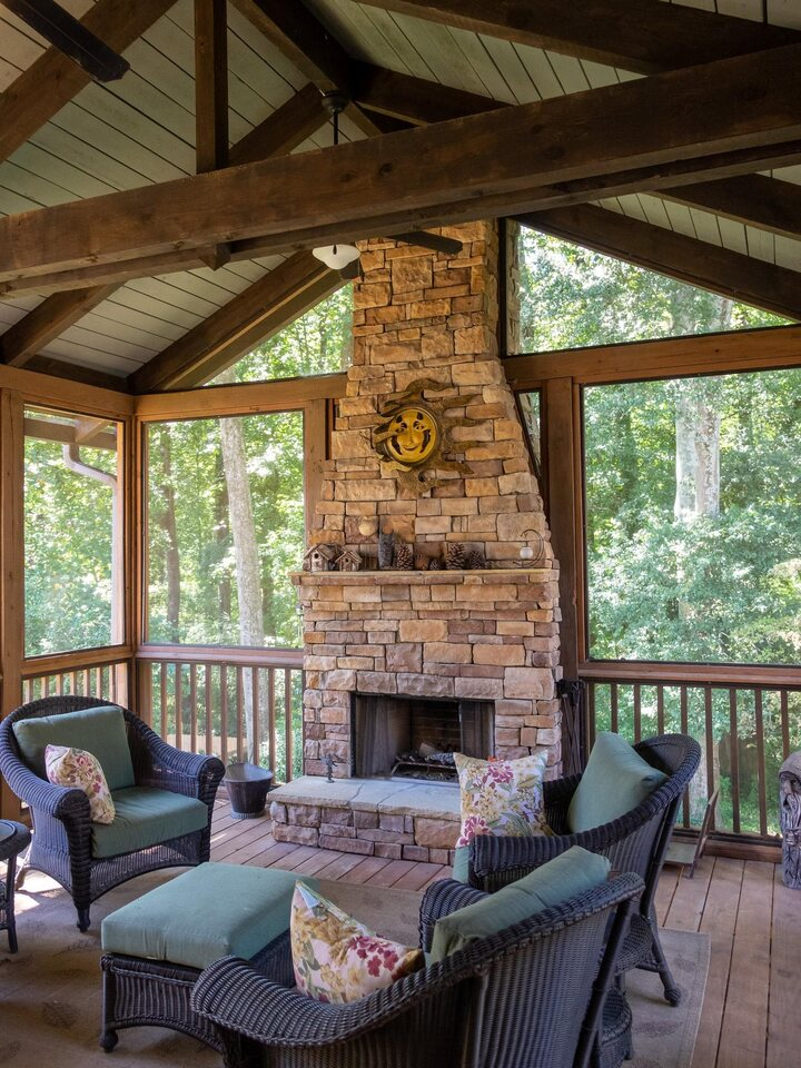 View Slide 6 for listing 9059092