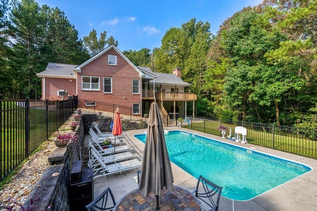 View Slide 71 for listing 9060315