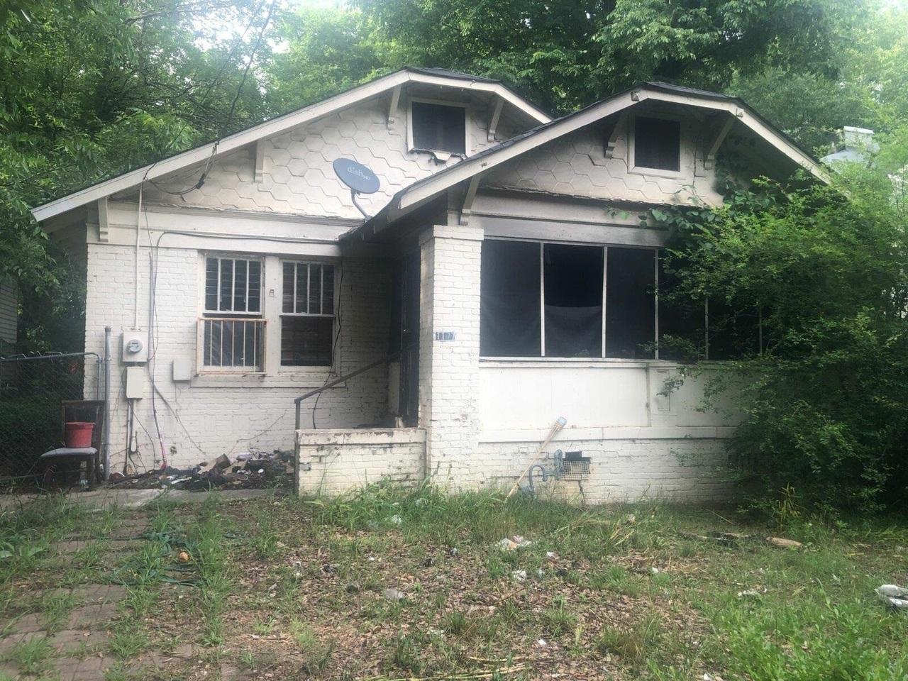 1177 Sells Ave, Atlanta GA 30310