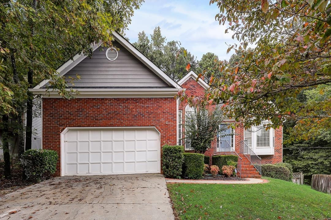View Slide 0 for listing 9063405
