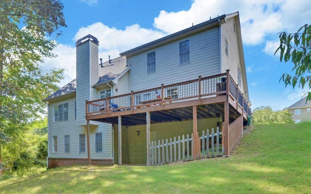 View Slide 37 for listing 9065135