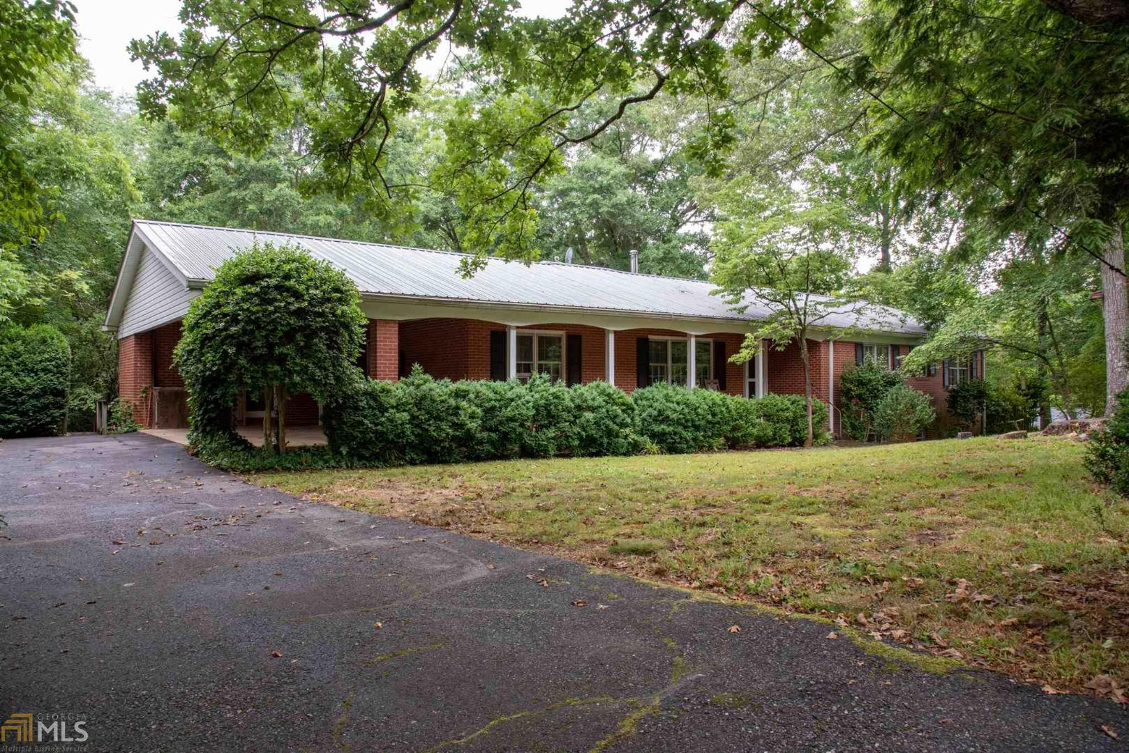 View Slide 0 for listing 8600819