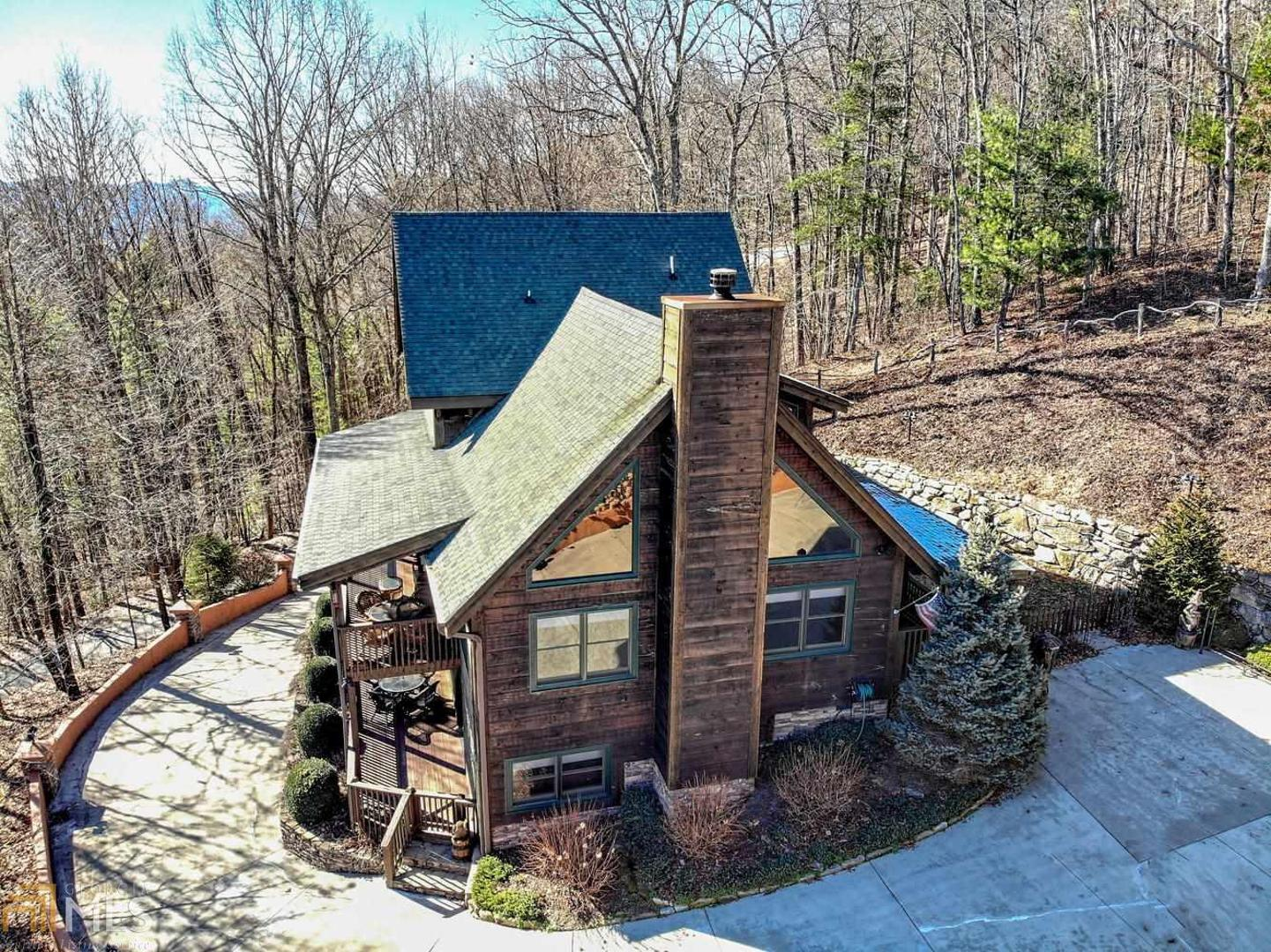 View Slide 0 for listing 8714800
