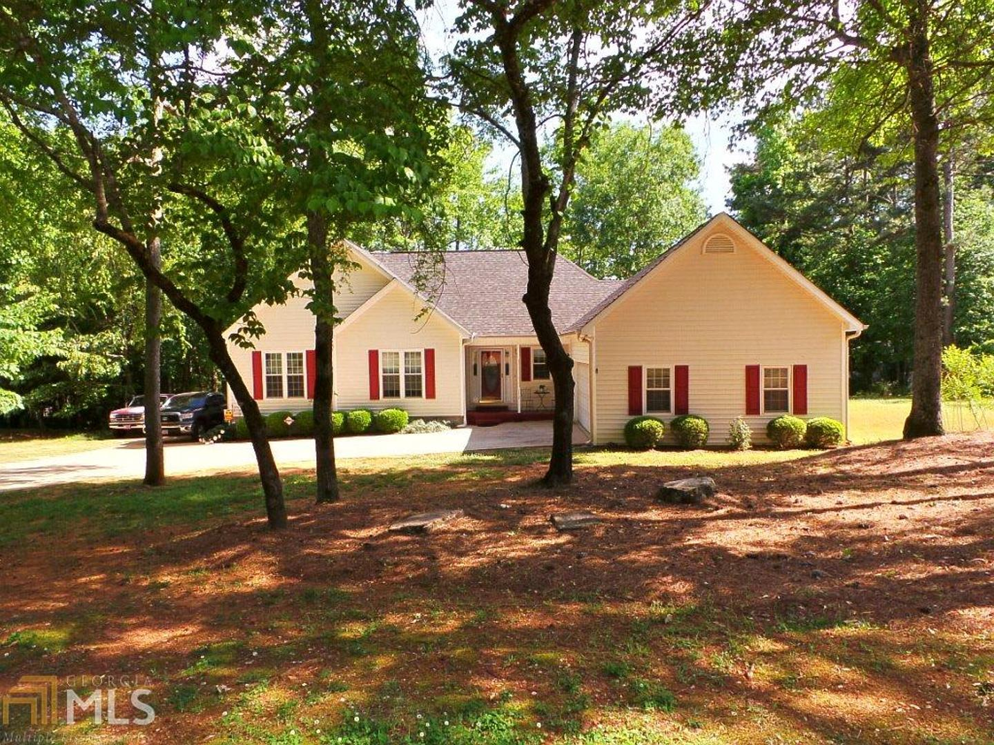 View Slide 0 for listing 8376043