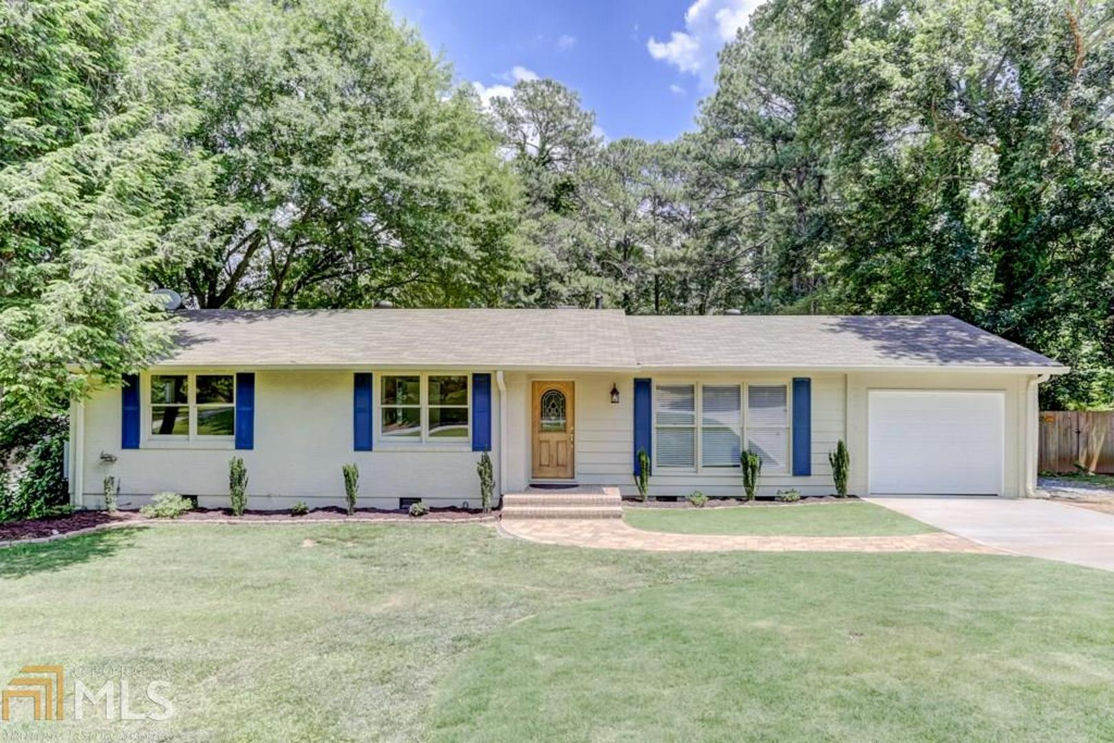 View Slide 0 for listing 8590423