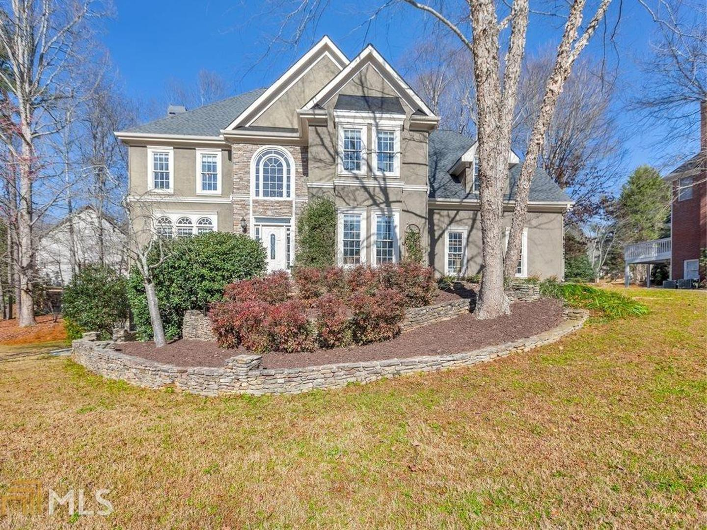 View Slide 0 for listing 8725116