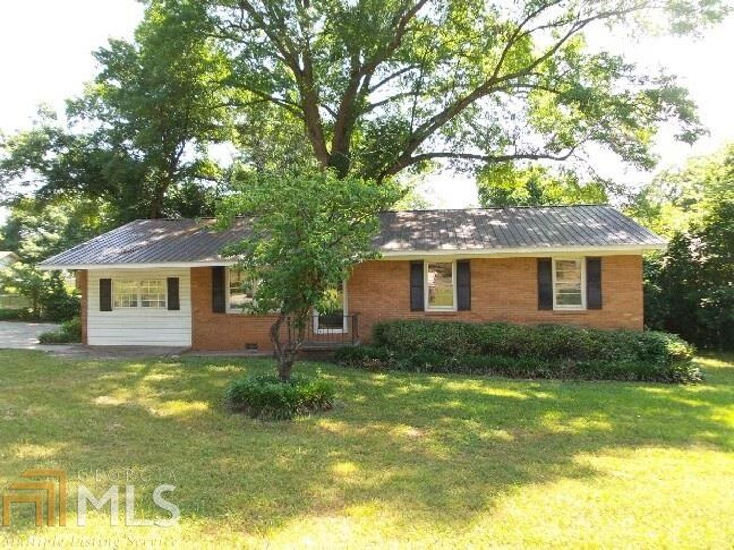 View Slide 0 for listing 8607393